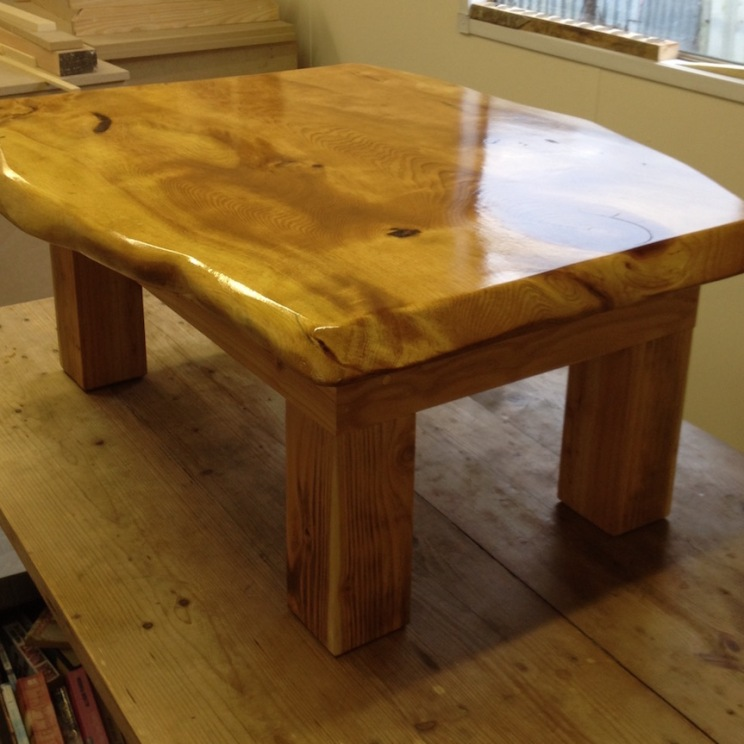 varnishing-table-small