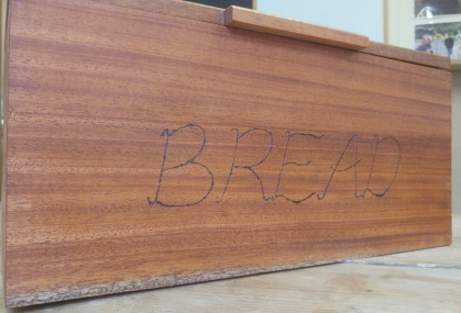 bredbin front 3 small