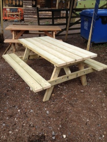 Dillan bench 2 small
