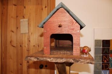 bird house close up 2 small