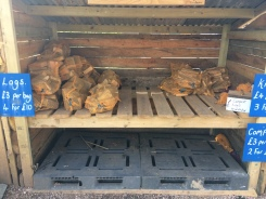 Glyn's log store small